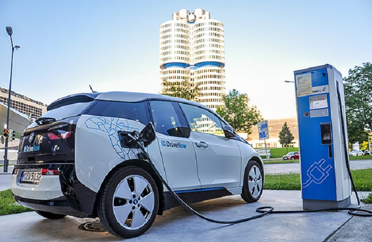 Niti Aayog suggests government to provide incentives on EV purchase apart from subsidy under FAME-II